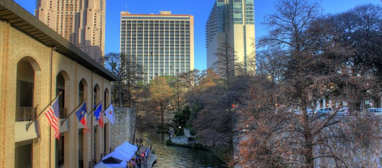 san-antonio-texas-town-buildings